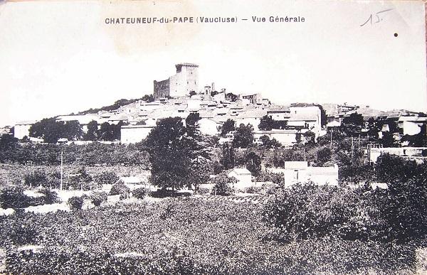 Chateauneuf-du-Pape: The Village and the Vineyards - Courtesy of Fédération des syndicats des producteurs de Châteauneuf-du-Pape